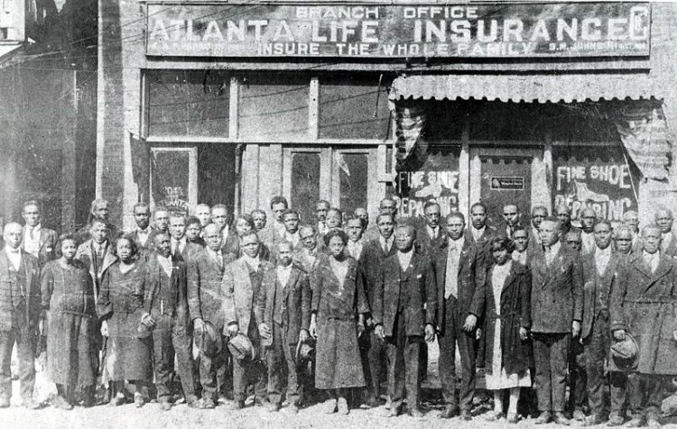 1922-atlanta-life-insurance-and-staff